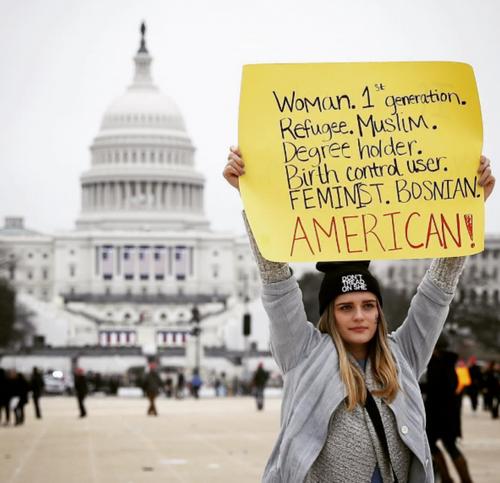 Bosanka na 'Ženskom maršu' UWashingtonu