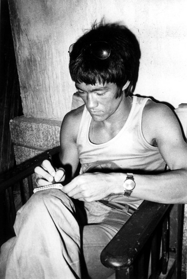bruce-lee-photograph-courtesy-of-the-bruce-lee-foundation-archive2