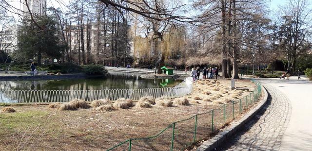 Foto: Dunavski park je prepun djece