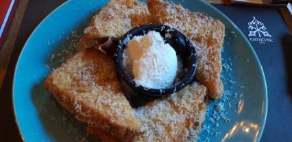 Foto: Pohovani tost spreman na nahrani izgladnjelog blogera